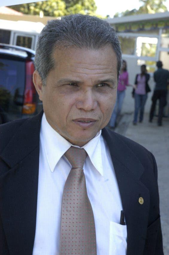 Waldo Ariel Suero, presidente Colegio Médico