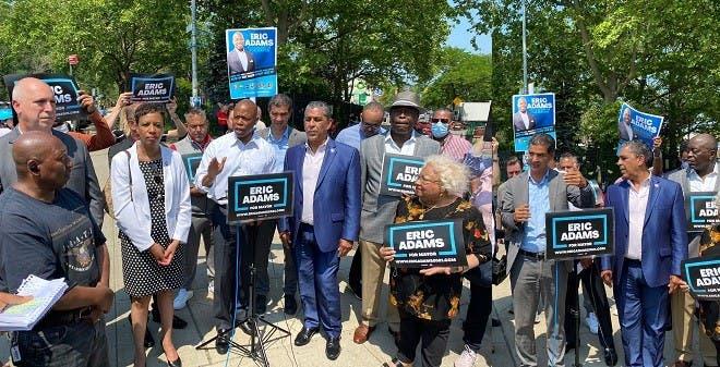 Eric Adams: Siendo alcalde NYC endurecería medidas contra motocicletas todoterreno