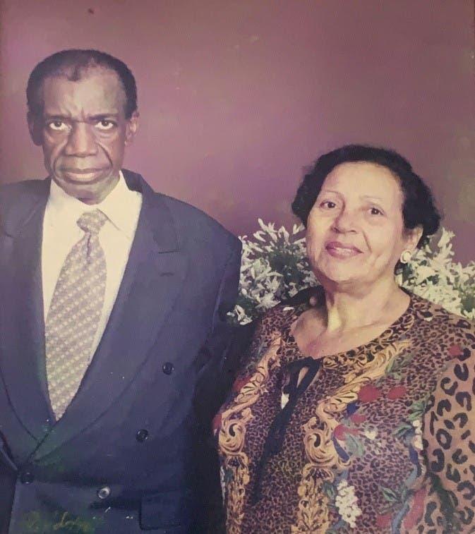 La última despedida: En memoria de mi madre Doña Lala