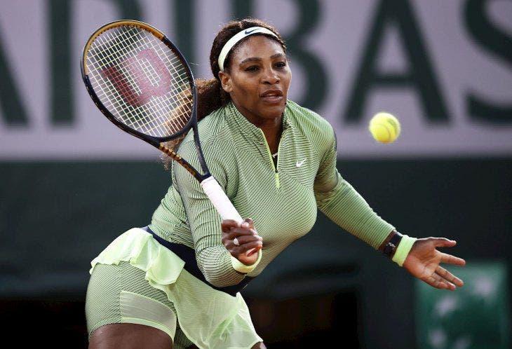 Serena Williams sufre más de lo previsto para acceder a la segunda ronda de Roland Garros