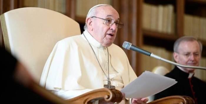 El papa tratará con los líderes cristianos libaneses la situación en su país