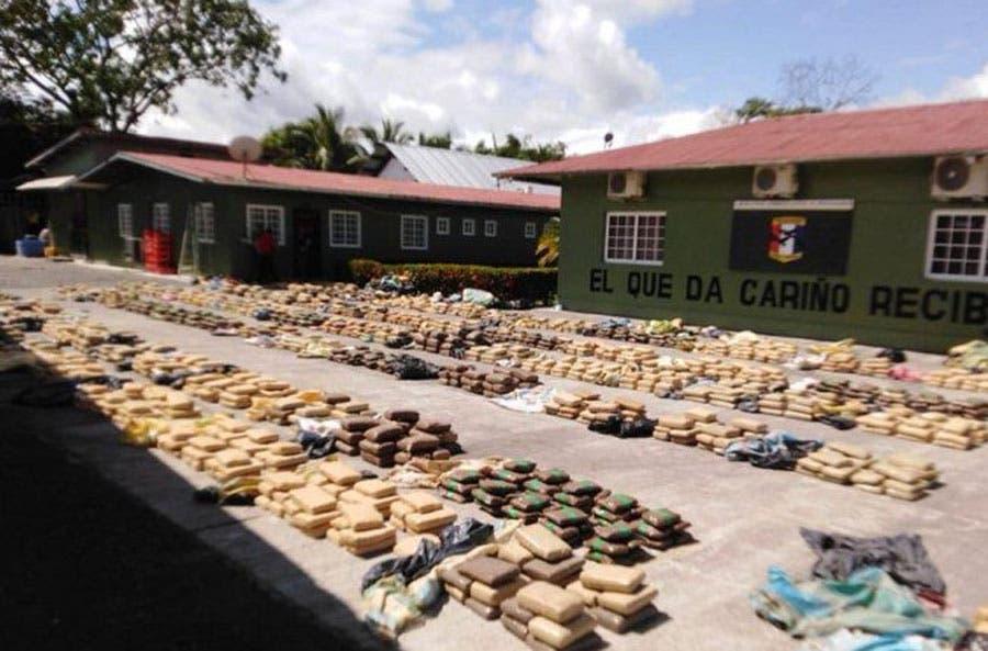 Tres nicaragüenses detenidos y 2,341 paquetes de droga incautados en Panamá