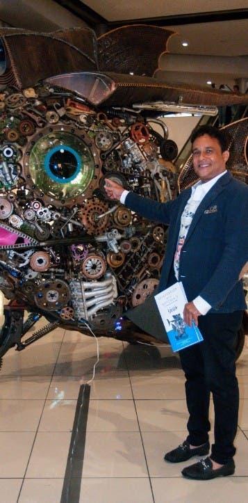 Abren exhibición de esculturas