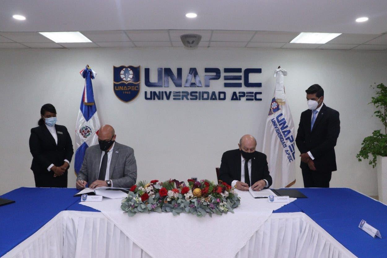 Unapec y CNCS firman convenio para promover cultura de ciberseguridad