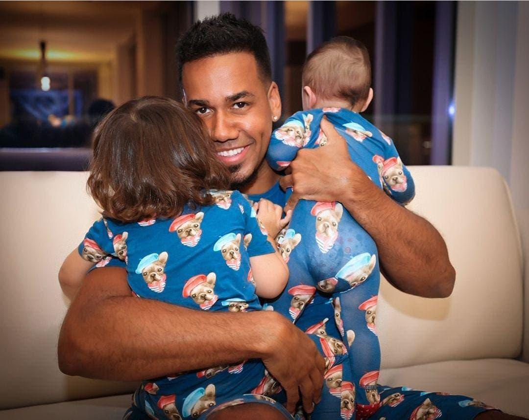 Romeo Santos comparte fotos con dos de sus hijos en redes sociales