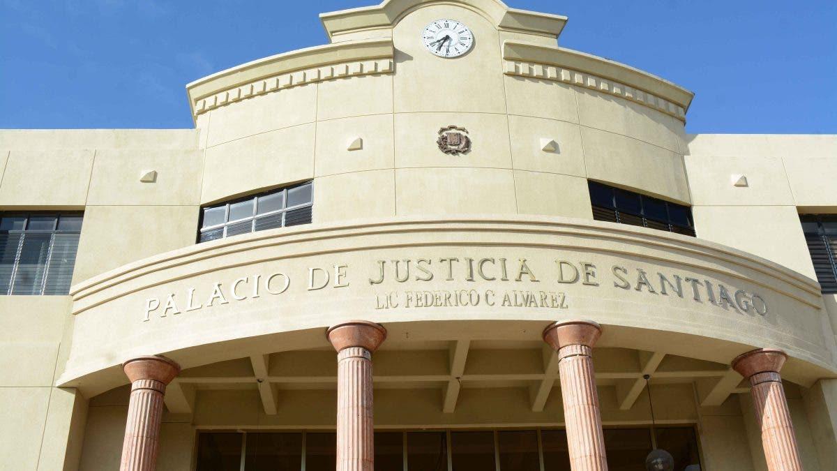 Imponen prisión preventiva a acusados de matar a teniente en Santiago