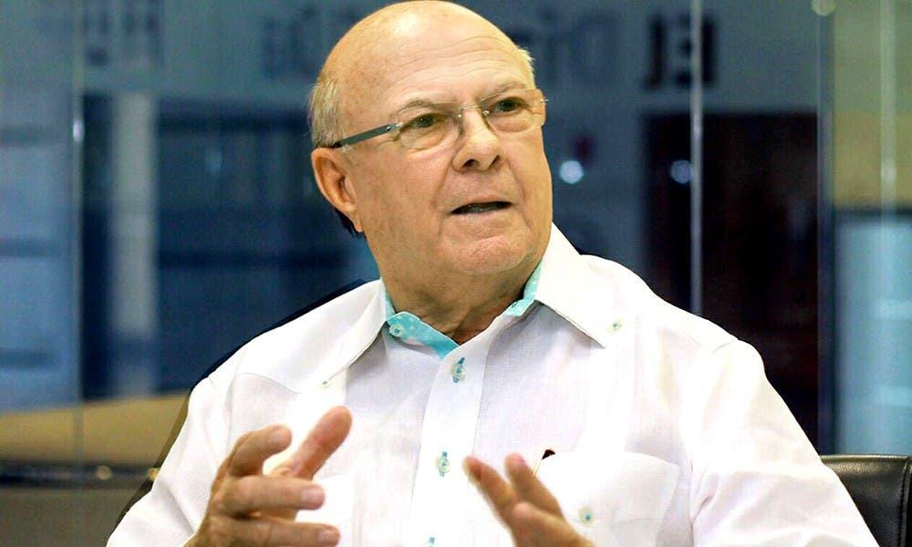 Hipólito pide investigar funcionarios del gobierno de Leonel