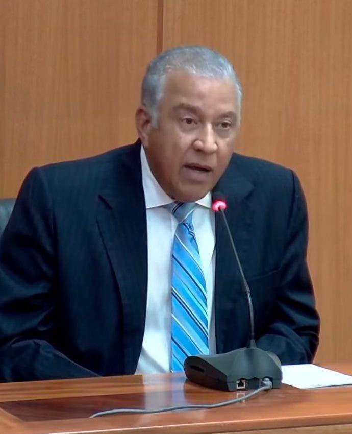 Andrés Bautista dice PGR judicializa un tema político
