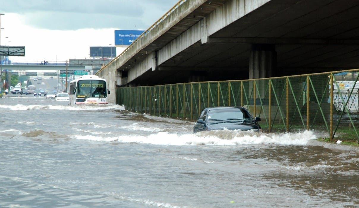 Seis provincias siguen en alerta por posibles inundaciones