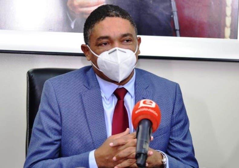 """PLD dice tercera dosis es """"invento"""" del Gobierno"""
