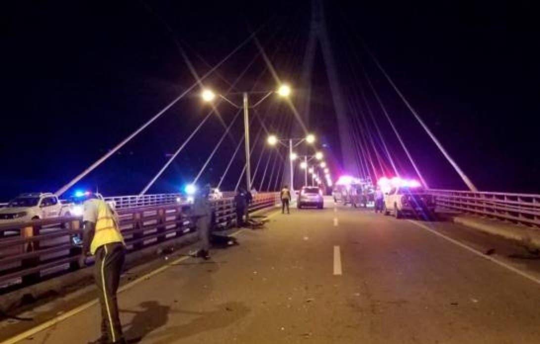 Identifican tres muertos accidente