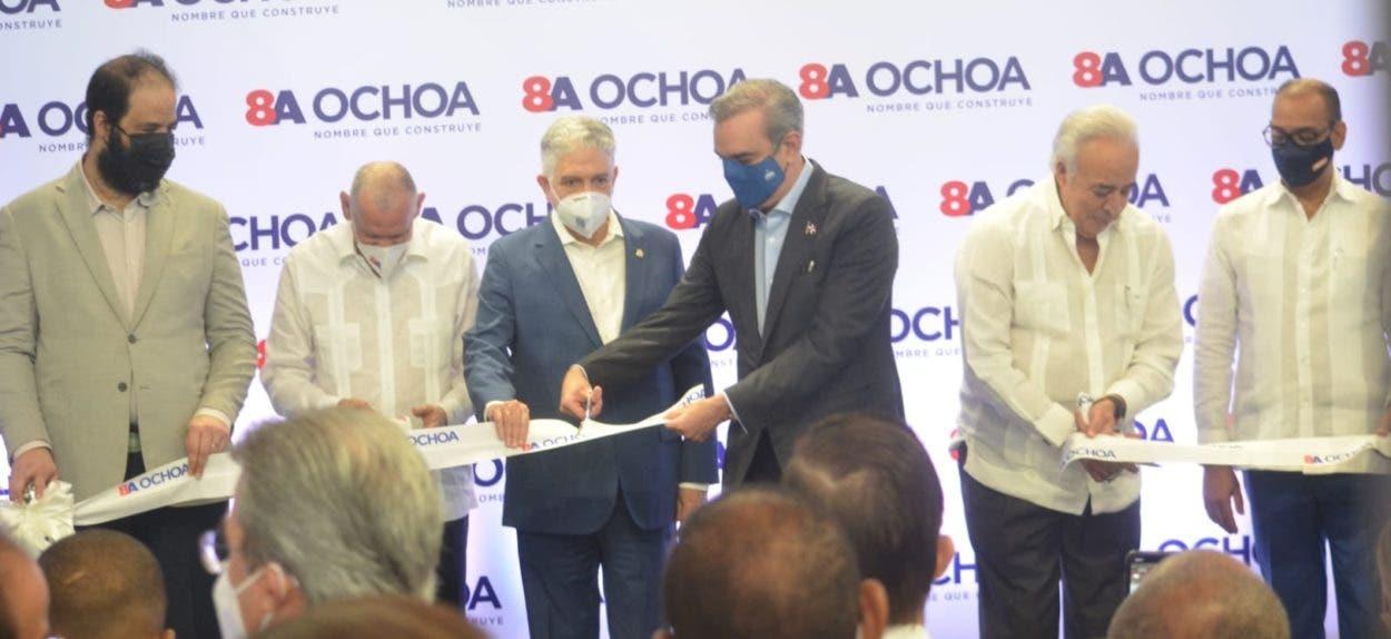 Inauguran centro de ventas de Ochoa