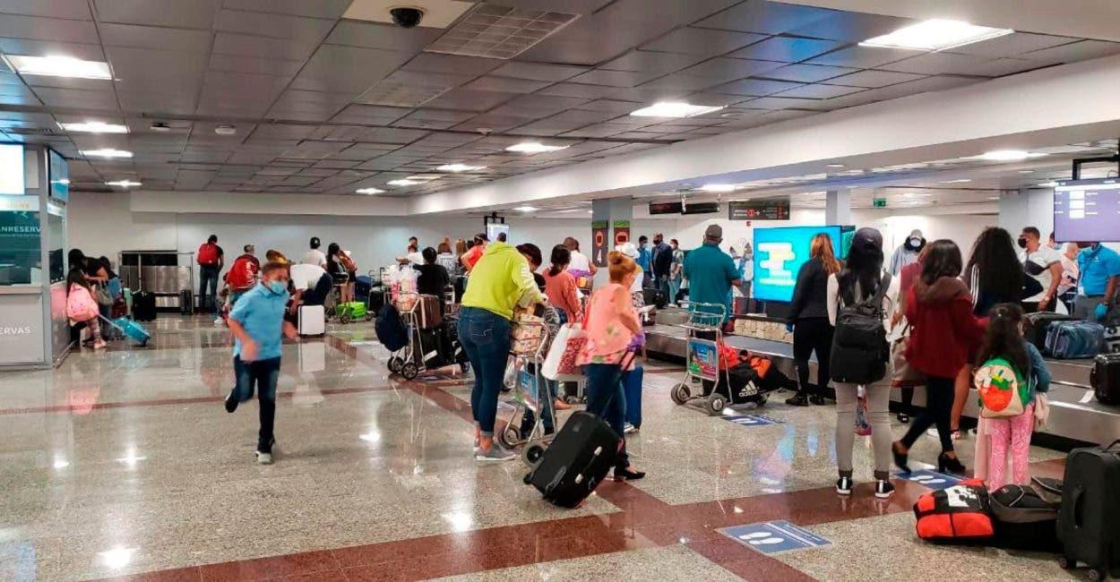 Viajeros aún en apuros por formulario digital