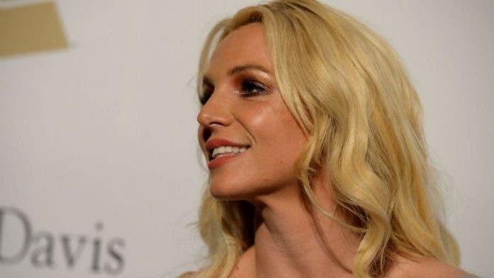 Padre Britney Spears pide investiguen demandas de la artista