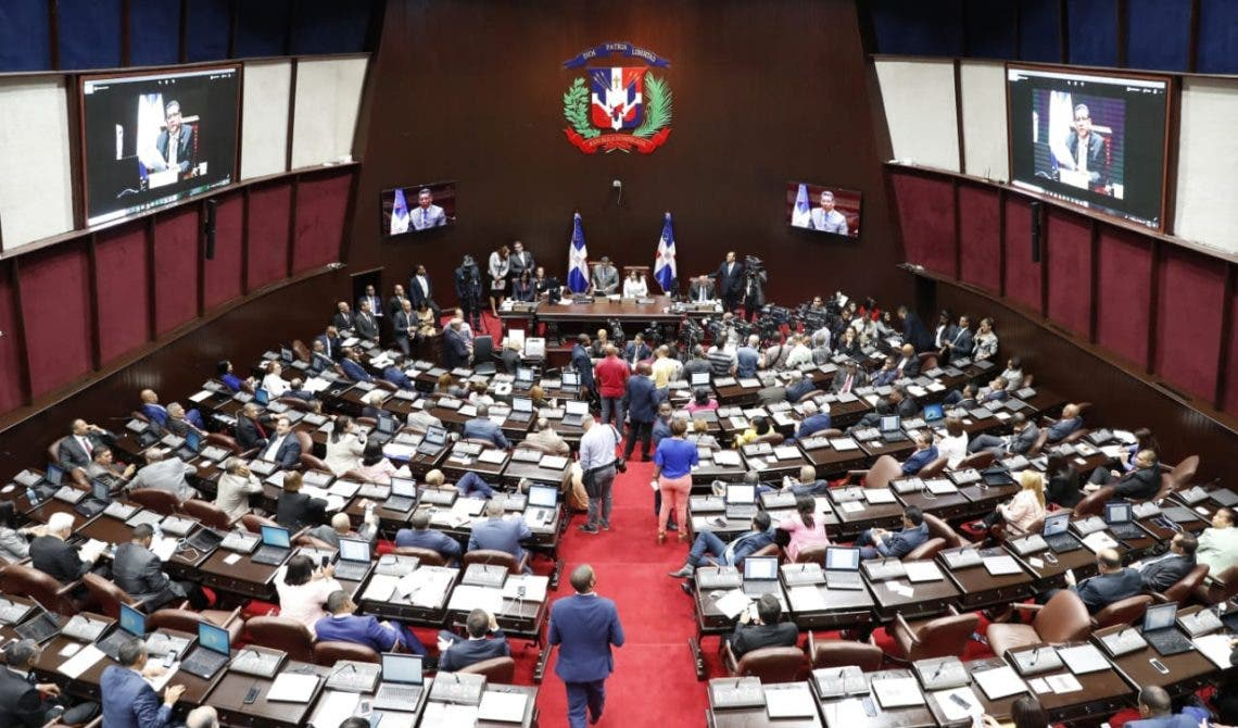 Diputados urgen enfrentar fiebre porcina en RD
