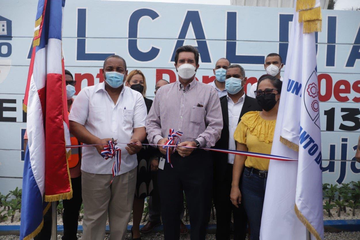 Navieros y Alcaldía de SDO pactan para aportar al desarrollo sostenible de Haina