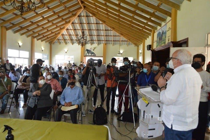 Bagrícola presta RD$144 millones a cosecheros de ajo