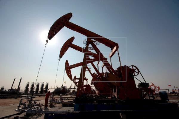 El petróleo de Texas cierra con un descenso del 1,5%, hasta 71,04 dólares