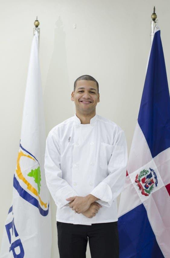 Elvis Hidalgo, nuevo talento de la gastronomía dominicana