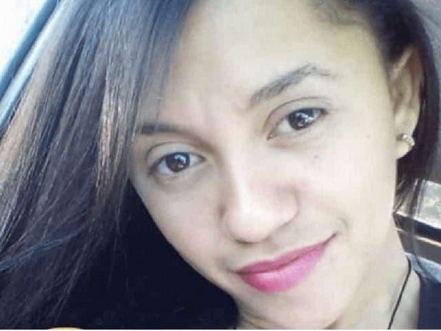 Menor de 15 años asesina a su madrastra de 291 cuchilladas