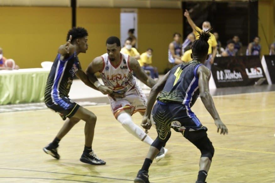 Club Framboyán obtiene segunda triunfo; Los Mina vence en torneo basket superior SDE