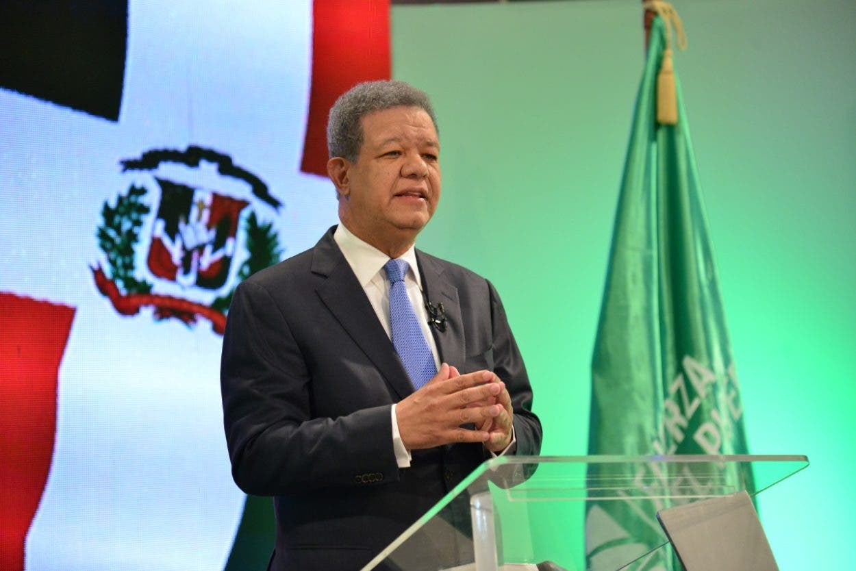 Leonel: cargos ocupan expresidentes en Parlacen es de ley