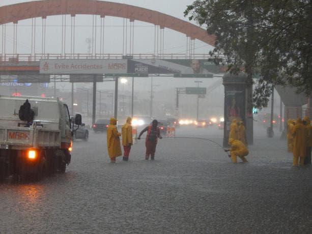 Lluvias continuarán este domingo en gran parte del país