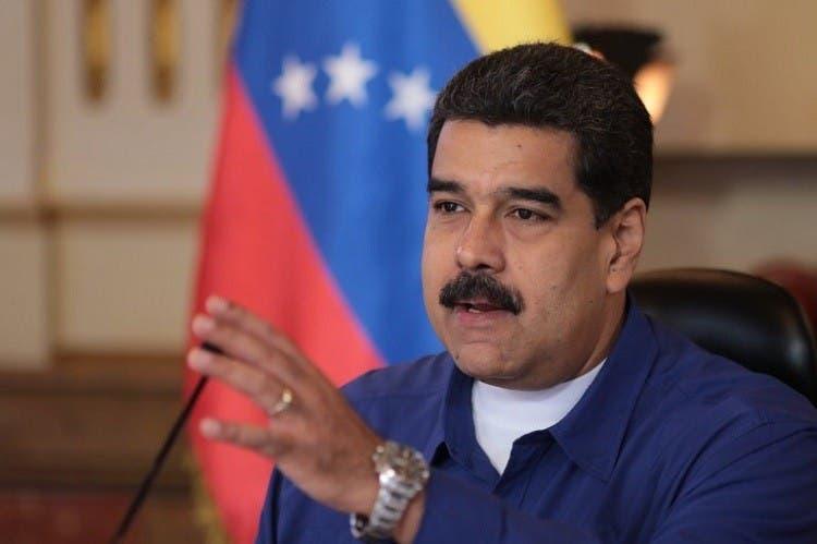 Maduro promete eliminar autoridades regionales paralelas tras las elecciones