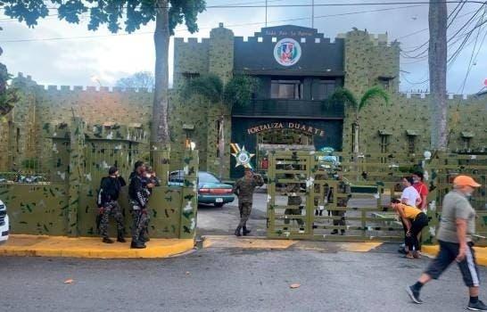 Suspenden alcaide cárcel SFM luego de motín dejó un recluso muerto