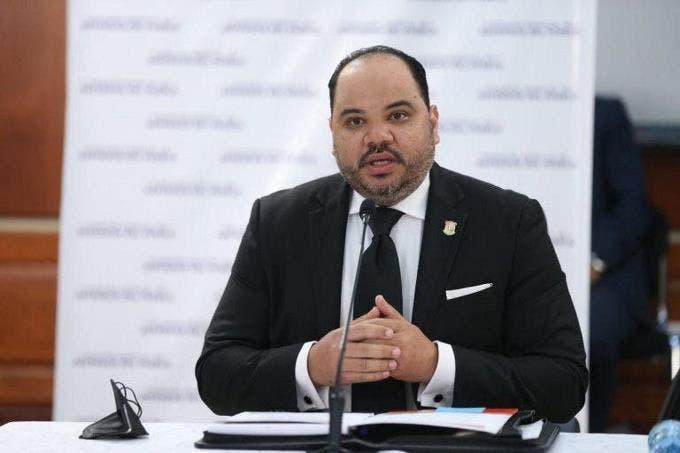 Pablo Ulloa es el nuevo Defensor del Pueblo