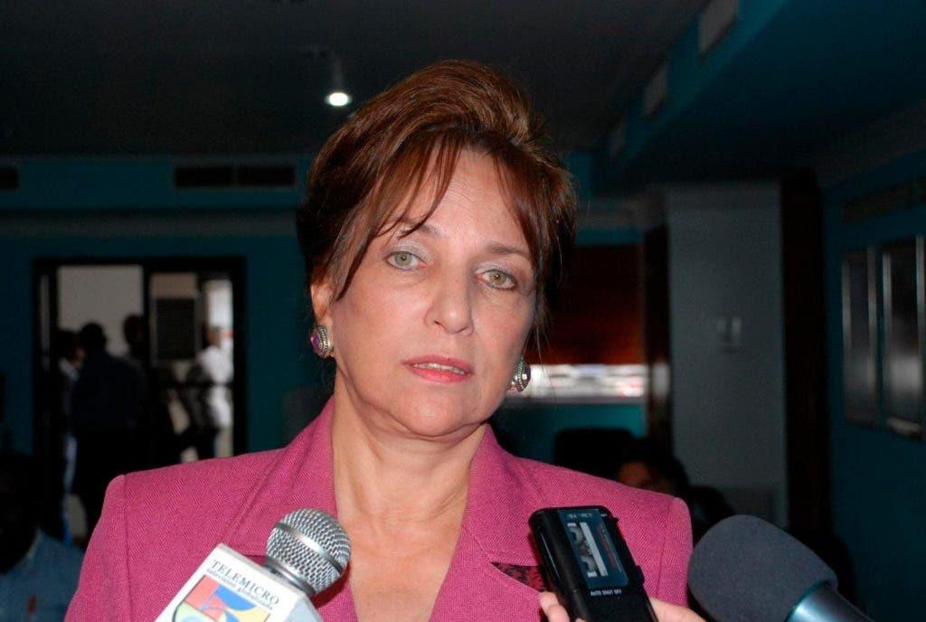 """Peggy Cabral insta a """"los políticos a reflexionar sobre cómo quedará el país después de la pandemia"""""""