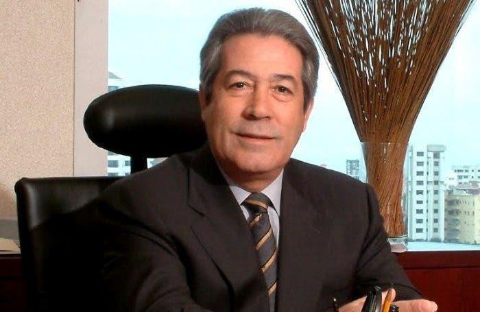 Blanco Canto llama a Domínguez Brito a no jugar con los empleos del sector turístico