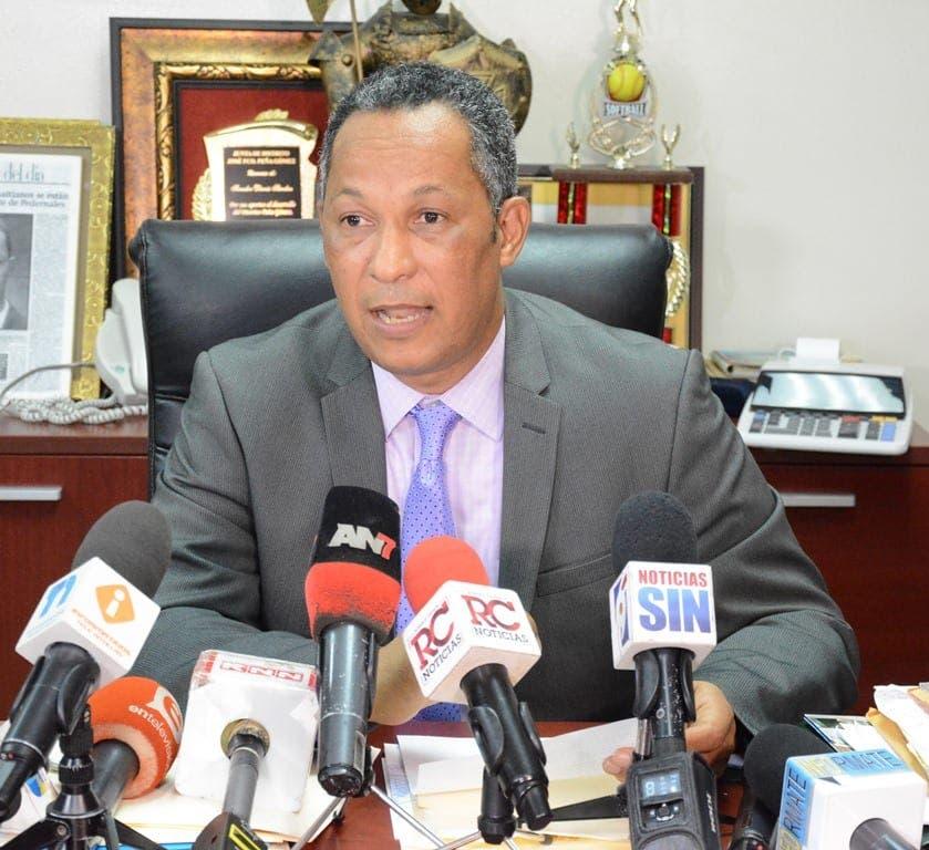 Senador Dionis Sánchez asegura Merán era mejor candidato a la Defensoría del Pueblo