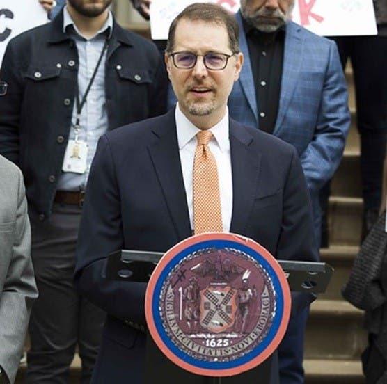 TenantsPAC apoya a Mark Levine para presidencia condado Manhattan