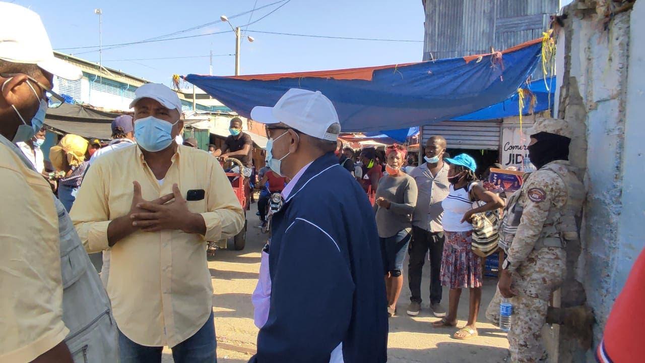 Abren de sorpresa mercado fronterizo de Dajabón
