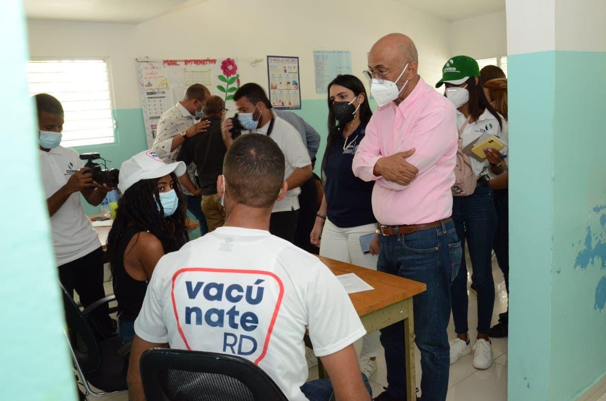 Aumentan centros de vacunación Covid-19 en San Juan de la Maguana