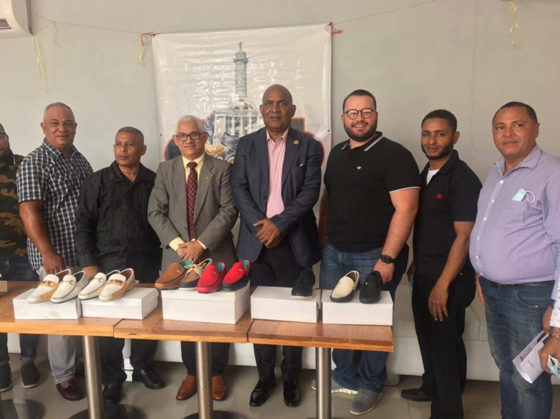 Consul en Juana Méndez gestionará fabricantes calzados dominicanos coloquen productos en mercado haitiano