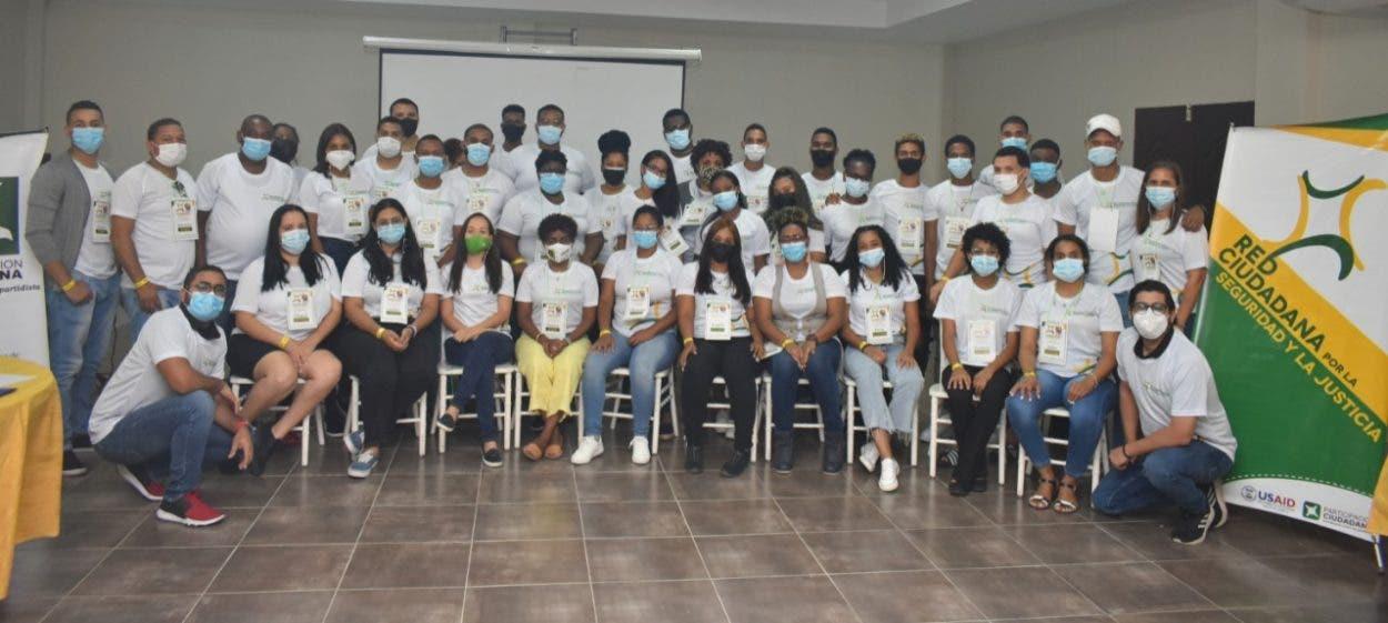 Participación Ciudadana realiza campamento con jóvenes para orientarlos a prevenir violencia y delitos