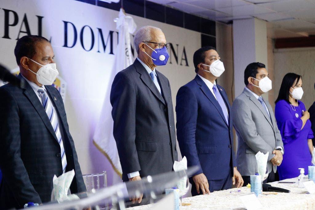 Liga Municipal Dominicana promoverá desarrollo a través de emprendimiento local