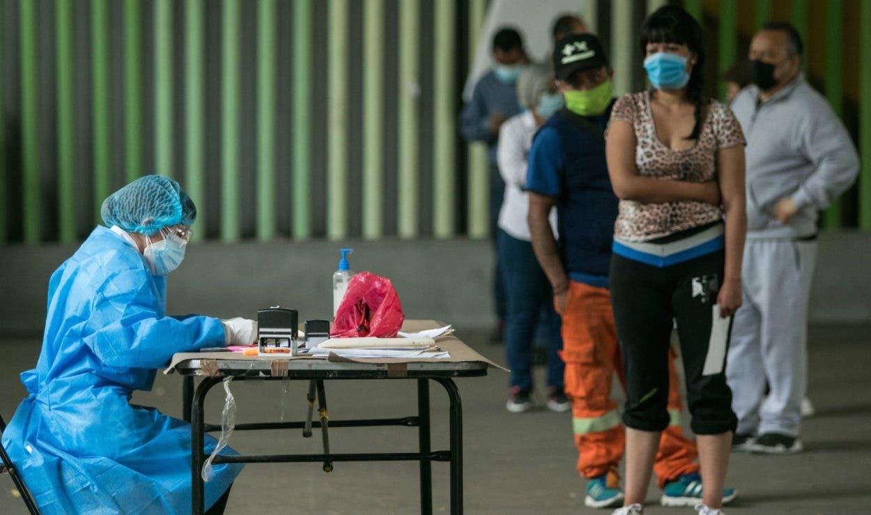 Se encienden las alarmas ante una posible tercera ola de covid-19 en México