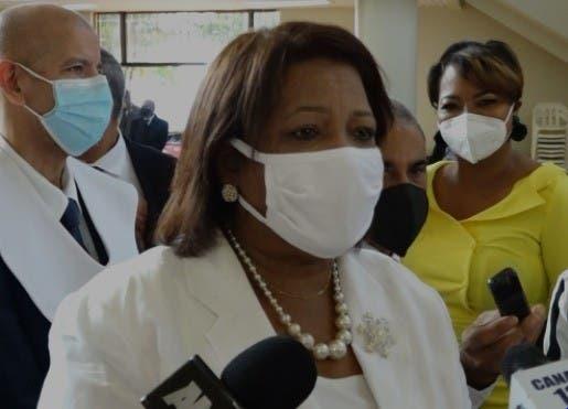 Mejora salud de Mercedes Castillo diagnostica con covid