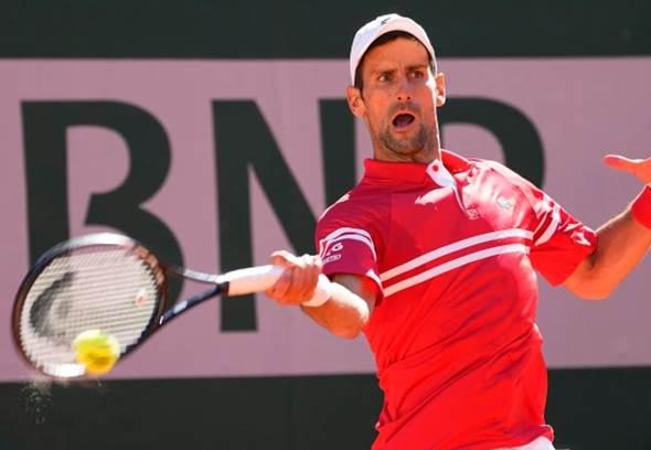 Djokovic remonta desde 0-2 para reinar en Roland Garros