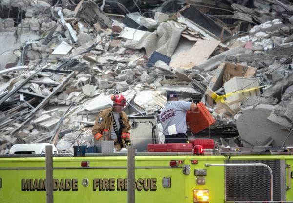 Policía dice que hay al menos 99 desaparecidos tras derrumbe en Miami