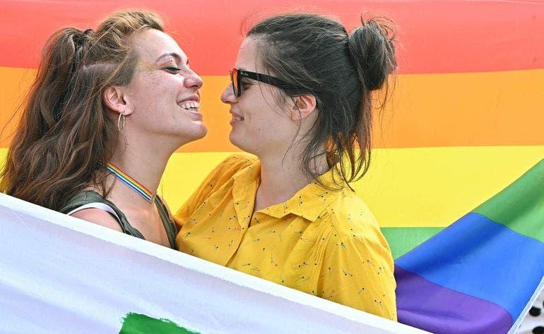 El 74 % de los chilenos apoya el matrimonio igualitario