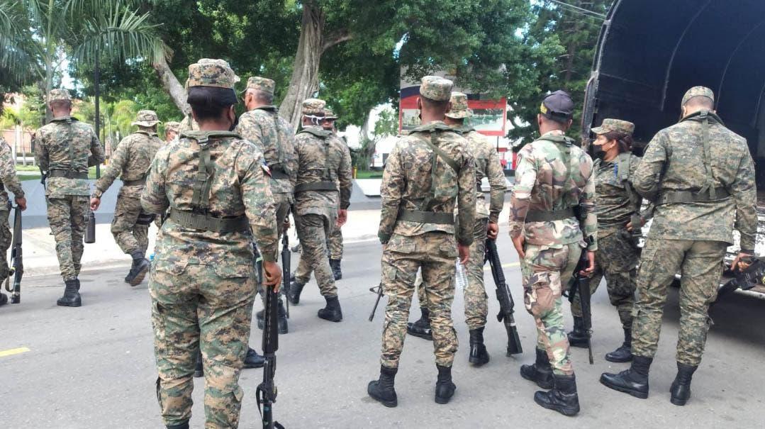Militarizan inmediaciones parque Dajabón ante anuncio protesta