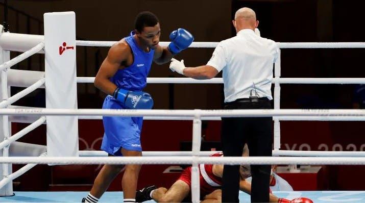 Euri Cedeño vence al argentino Verón y disputará medalla en boxeo