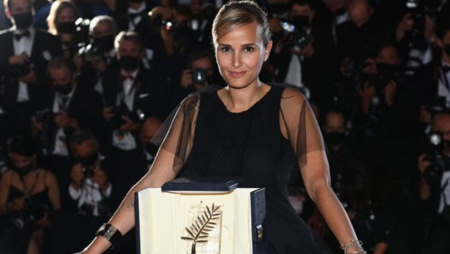 """Titane"", de Julia Ducournau, recibe una valiente Palma de Oro en Cannes"