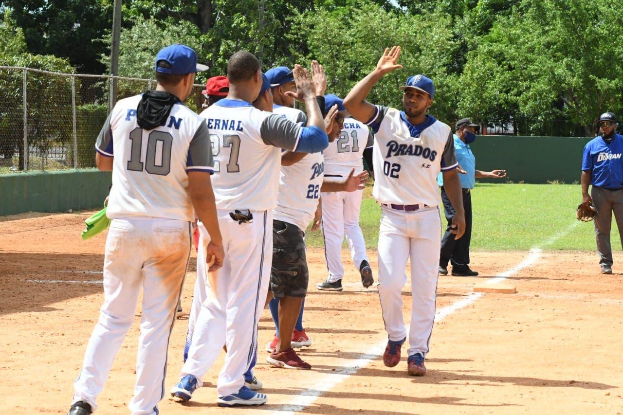 Cinco equipos avanzan a segunda ronda torneo III Festival de equipos de softbol DN