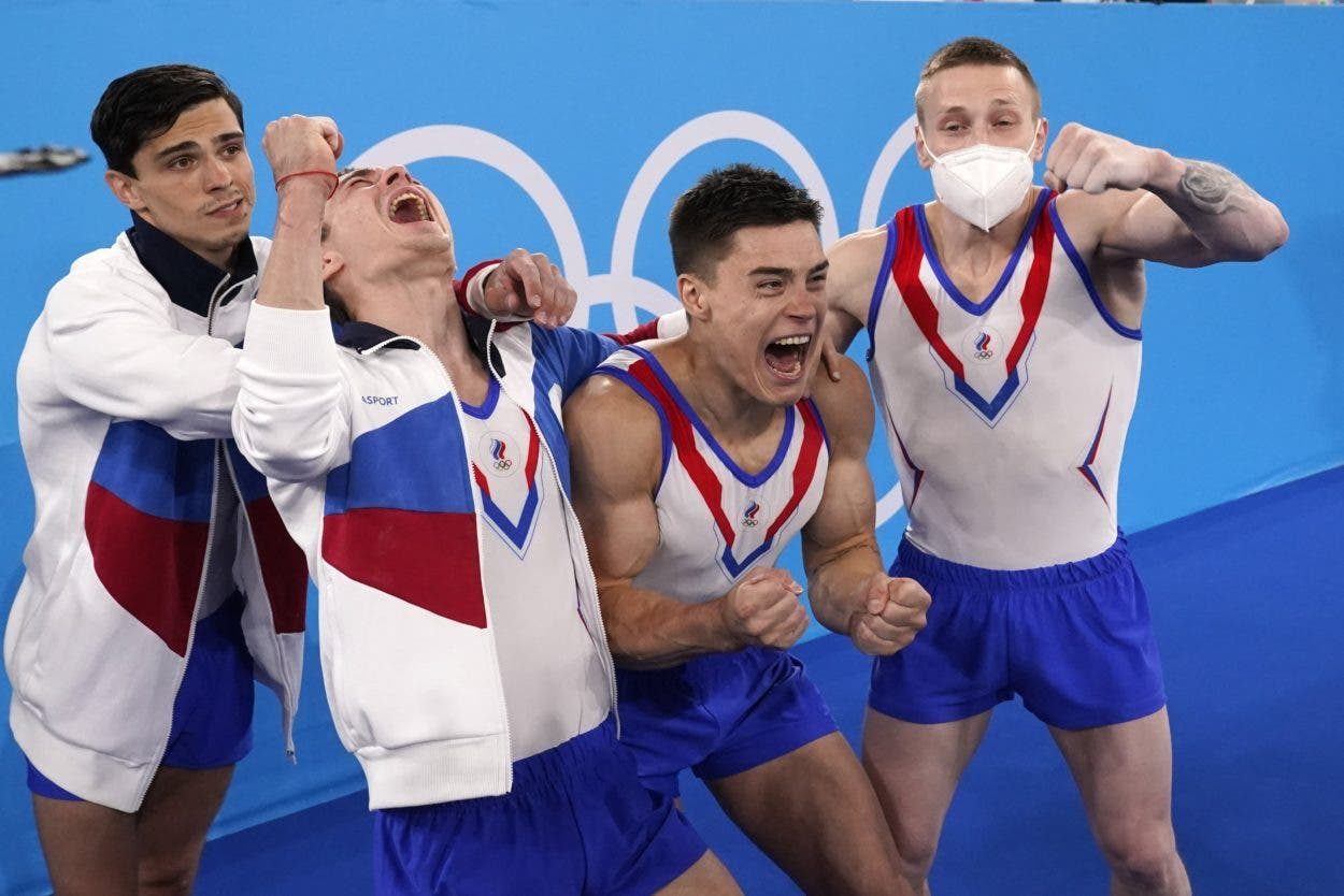 Equipo ruso gana el oro en gimnasia masculina
