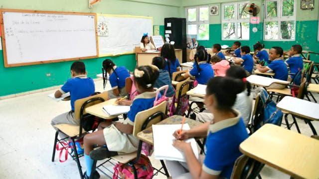 Estudiantes prefieren las clases presenciales, según estudio